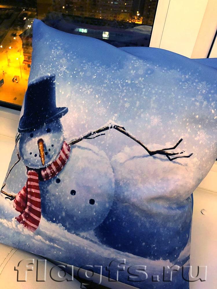 Подушка с новогодней тематикой в подарок